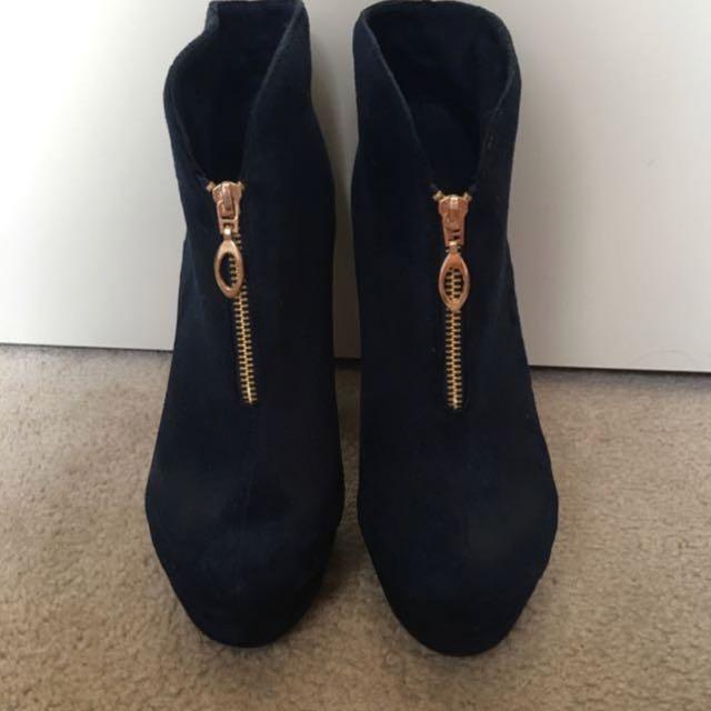 Boot heels
