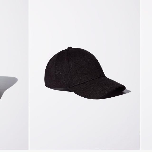 Brand new Aritzia Wilfred hat