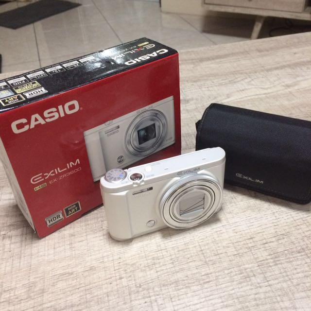 Casio Exilim ZR3600 camera