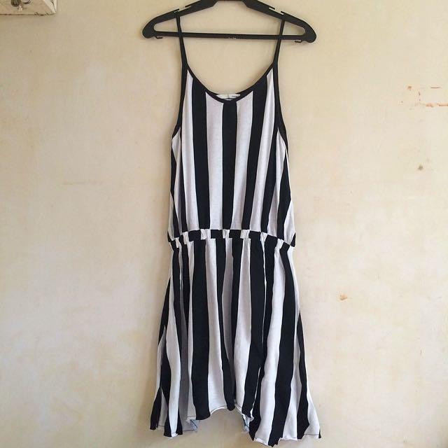Casual stripe sleeveless dress