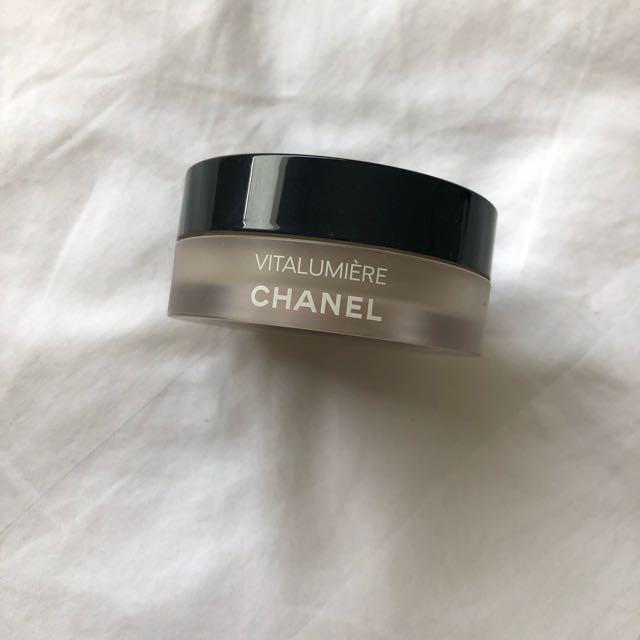 Chanel Vitalumiere Powder