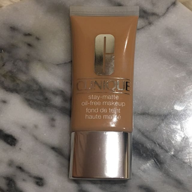 Clinique Stay Matte Oil Free Foundation Health Beauty Makeup On