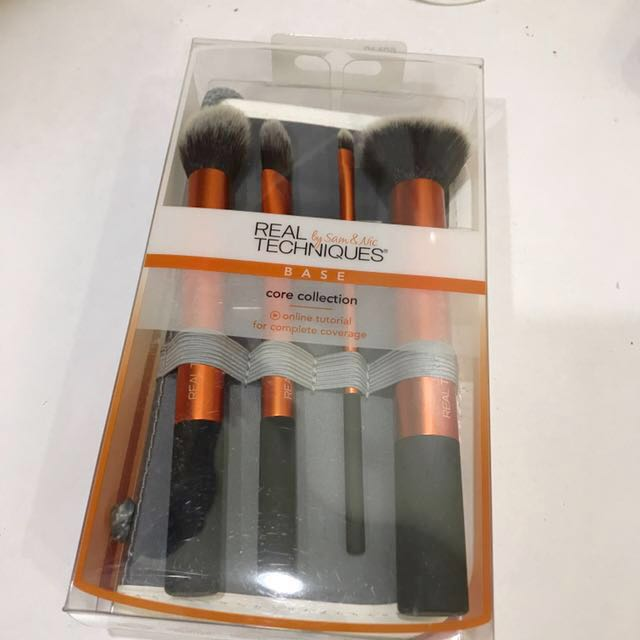 Core collection brush set