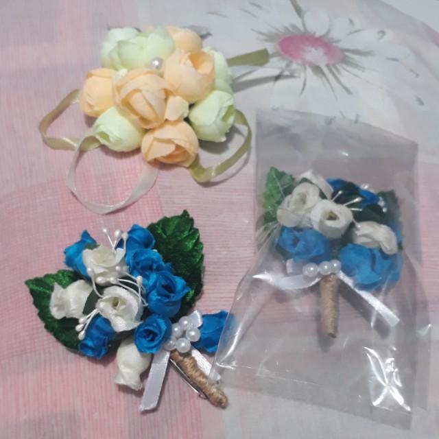 Corsage arificial & Hand corsage