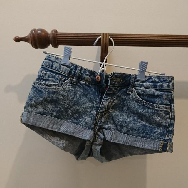 denim shorts 4/6