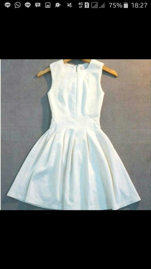 Dress broken white (Love Bonito)