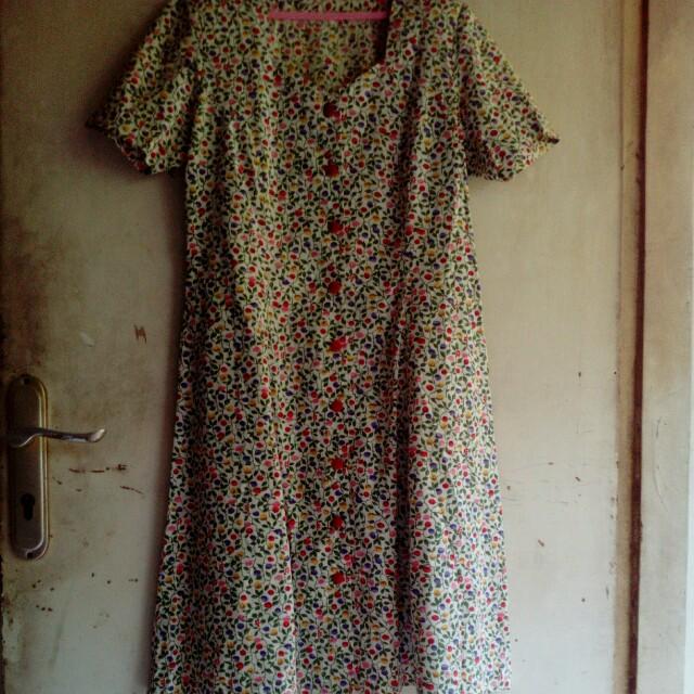 Dress flower vintage