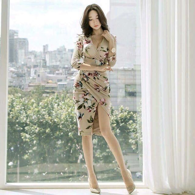 Floral cream dress - ready to ship