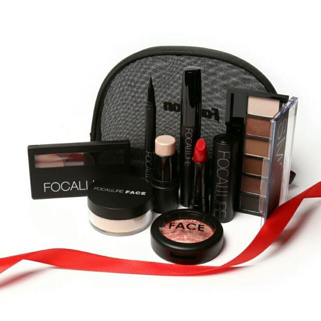 Focallure 8pcs Makeup Set in Pouch