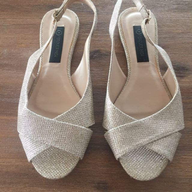 Forever new flats size 7