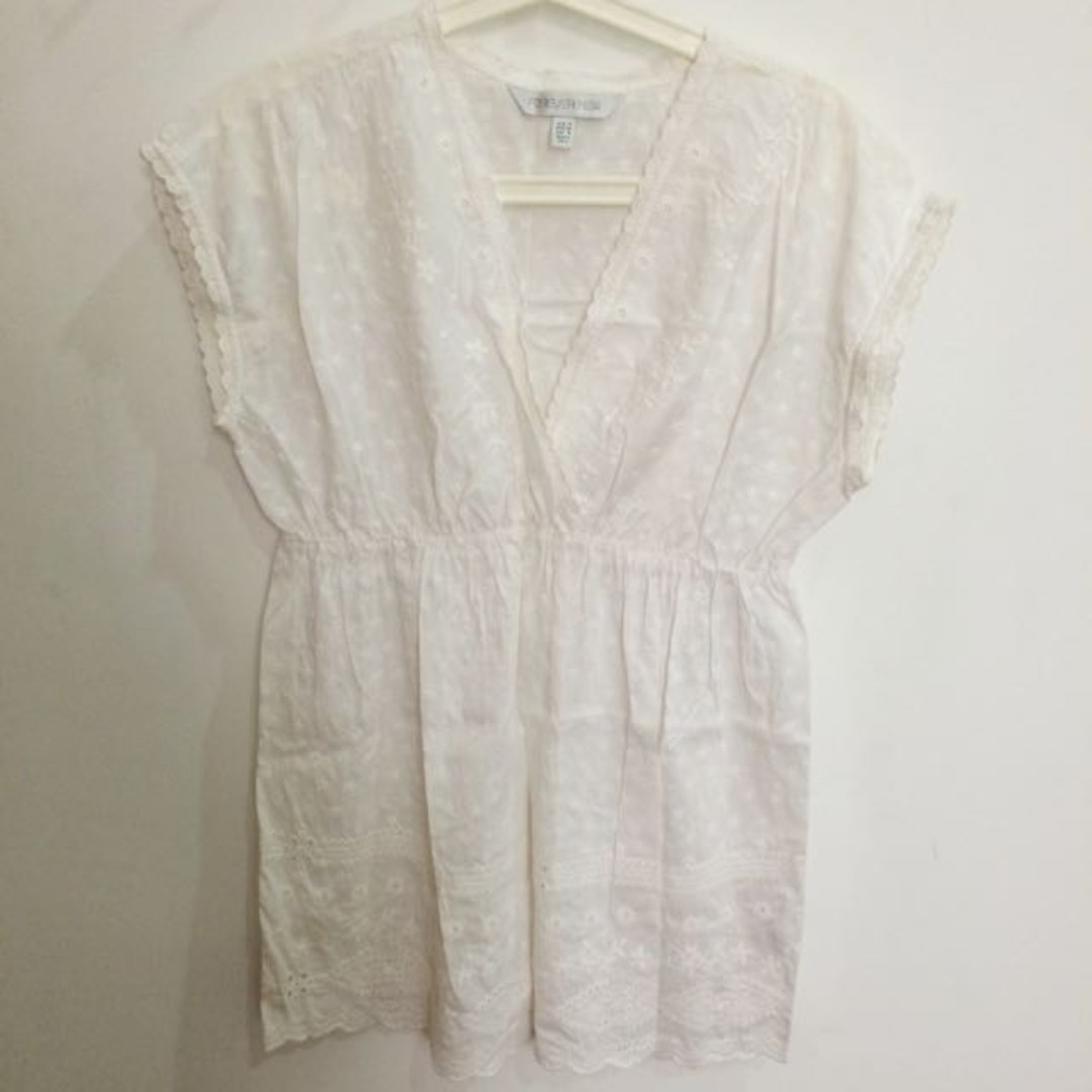 Forever New White Top size M