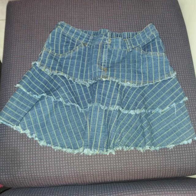 Freeway maong flare skirt