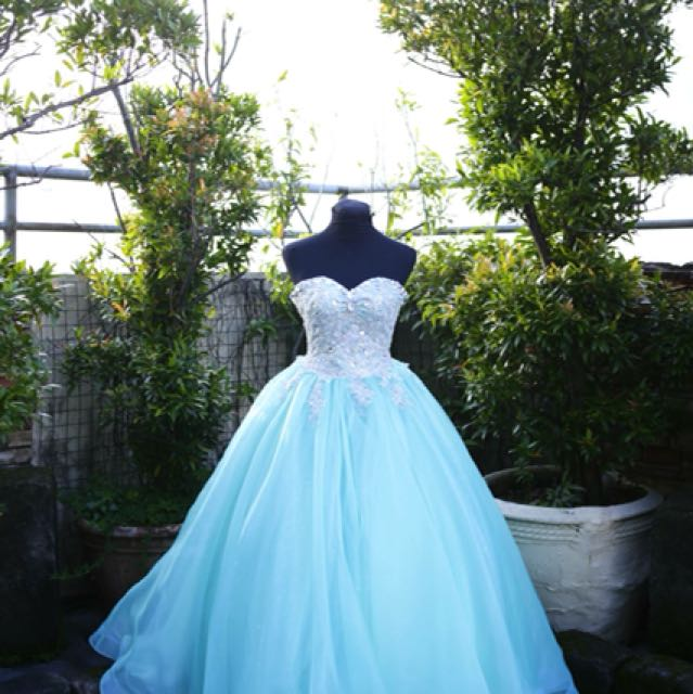 Gown for rent debut js prom, Preloved Women\'s Fashion, Clothes on ...