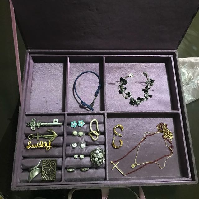 Jewelry box (all items on the photo included)