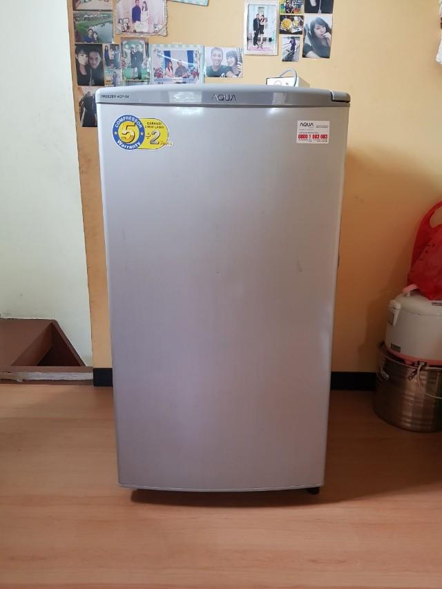 Kulkas Freezer Aqua Japan AQF-S4 Sanyo (cocok untuk penyimpanan ASI)
