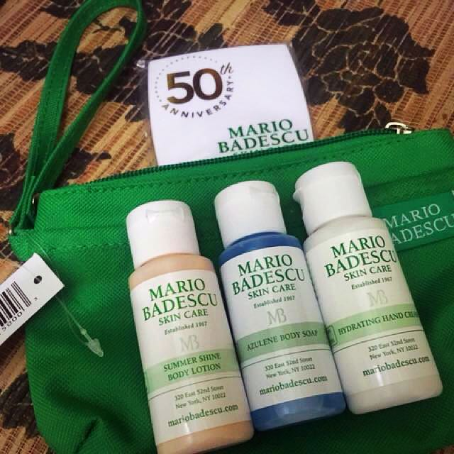 Mario badescu Travel kit with mirror compact