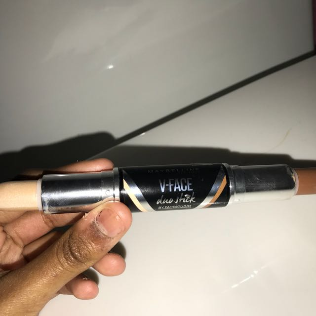 Maybelline duo stick !!