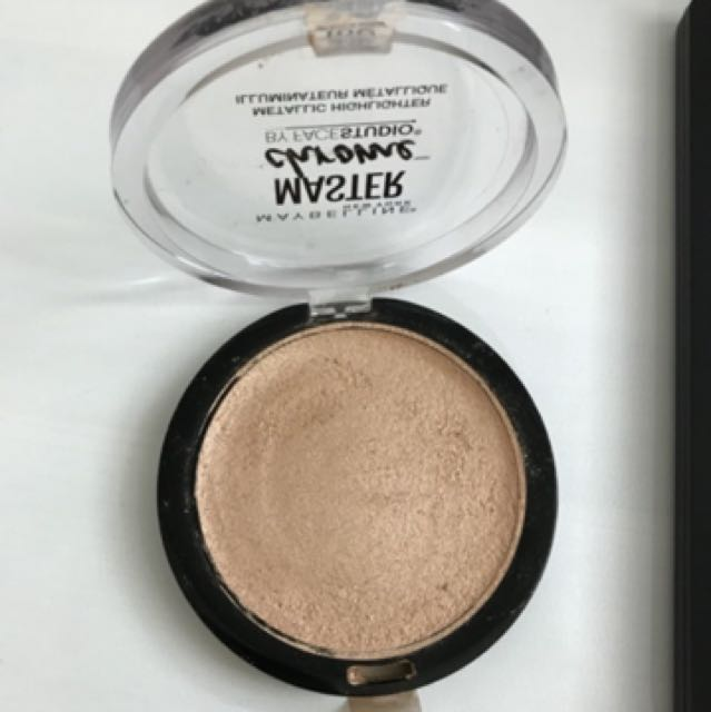 Maybelline Master Chrome Molten Gold Defect