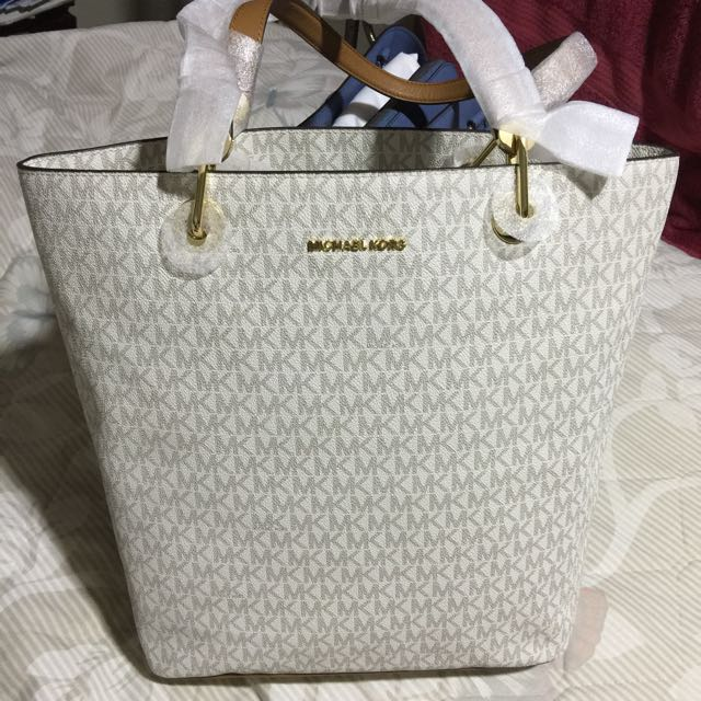 Michael Kors Raven Large Tote bag