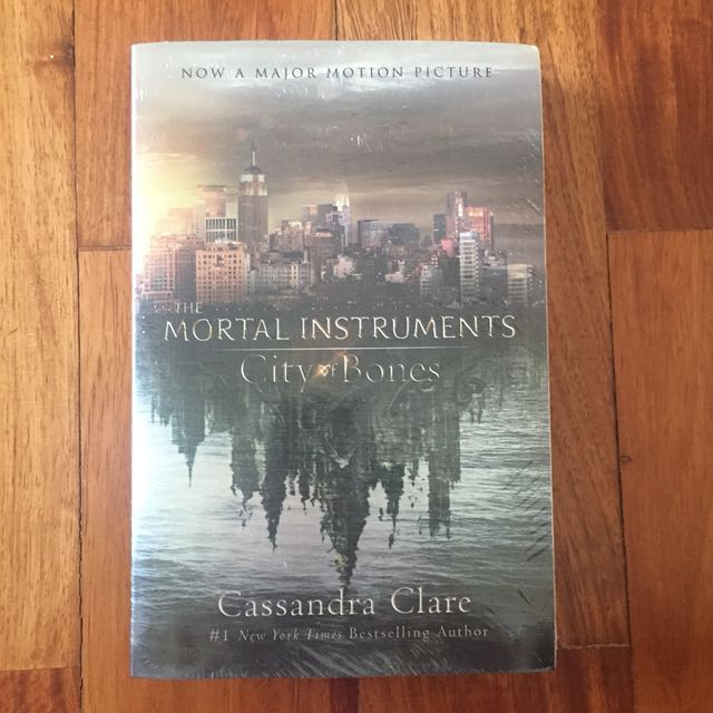 Mortal Instruments: City of Bones book by Cassandra Clare