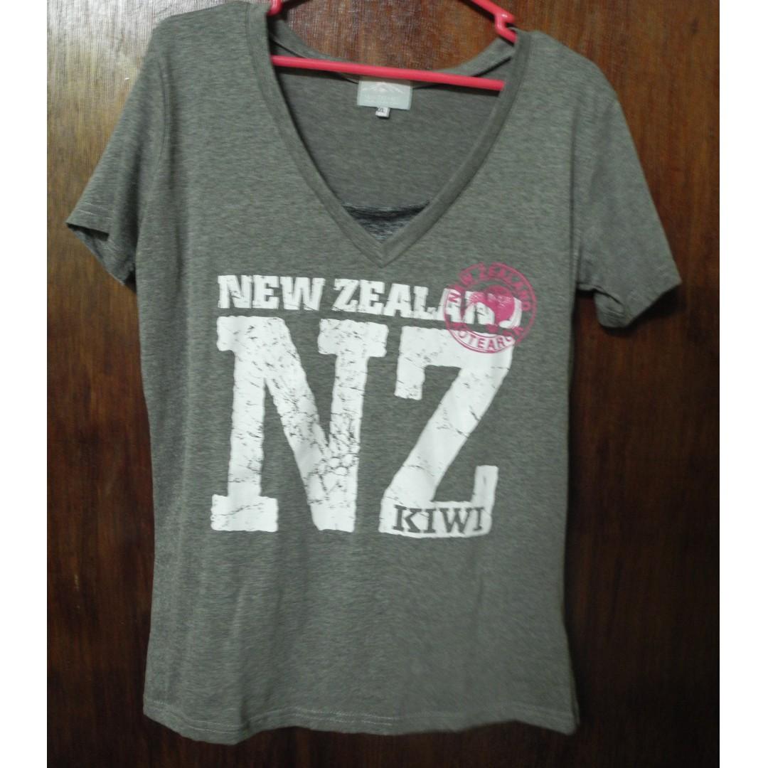 New Zealand V-neck shirt for plus size