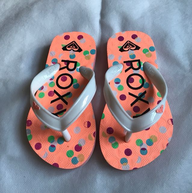 Original Roxy slippers for kids