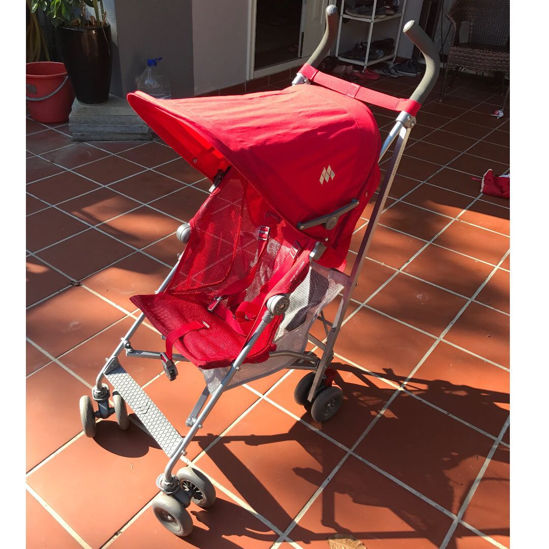 Reduced To Clear Maclaren Volo Stroller