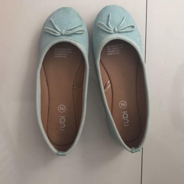 Ruby flat shoes no 36