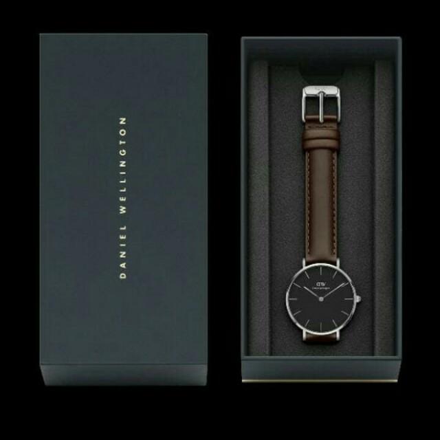SALE DW petite leather 32 mm dial black
