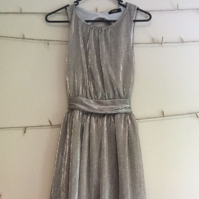 Silver backless dress size 6-8