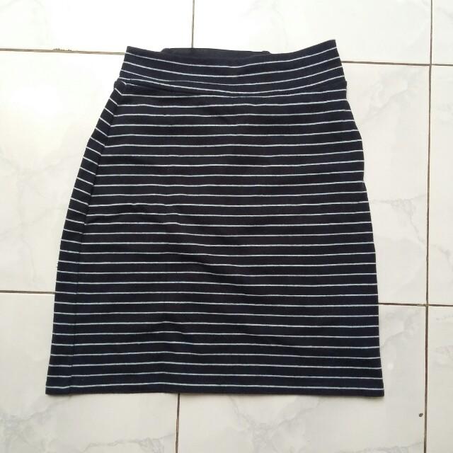 stripe span skirt