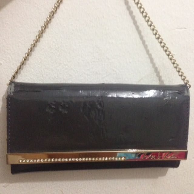 Wallet Charles&Keith with defect