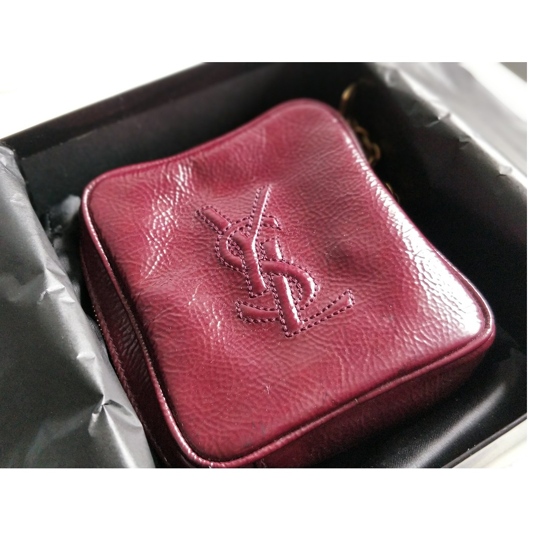 53310446a YVES SAINT LAURENT PATENT LEATHER ZIP AROUND
