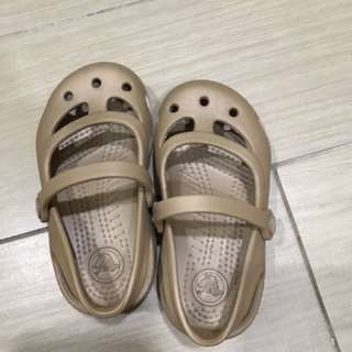 Original crocs sandal for baby aged 1-2