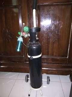 Tabung oksigen kesehatan