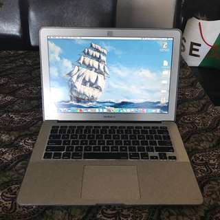 MACBOOK AIR i7 256GB- 8GB RAM
