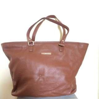 Tommy Hilfiger Authentic Handbag #MidNovember50