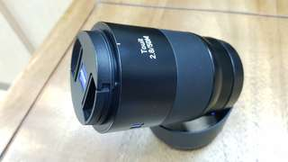 Zeiss (Sony E mount) 50mm f2.8 macro