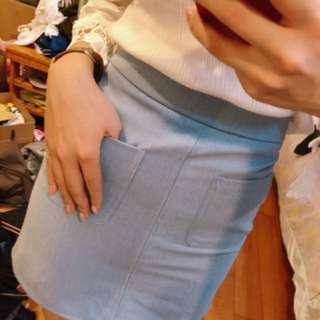 🚚 淺藍包裙 有口袋