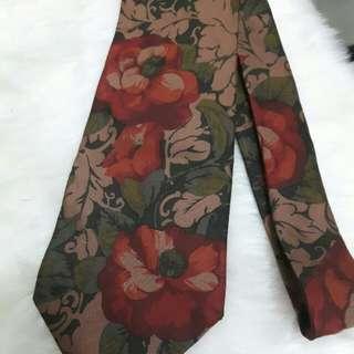 🚚 CESARE DI PINO領帶