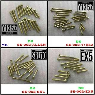 Screw Gold Cover Magnet Dan Clutch