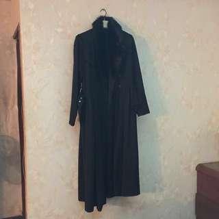 專櫃毛毛領長版有型外套大衣mango Morgan H&M mag鴿子bigi iroo moma可參考
