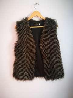 Faux fur vest size 8