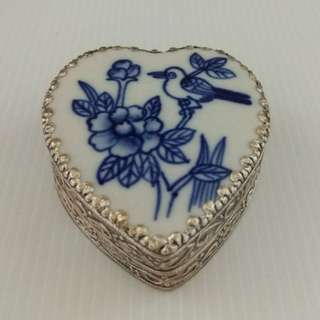 Silver-plated Hand-painted Jewelry Box With Blue & White Flower & Bird Design In Porcelain Surface Bracelet box Trinket box