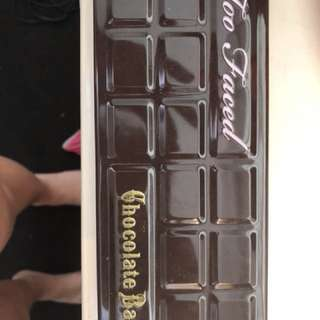 Too faced chocolate bar pallete