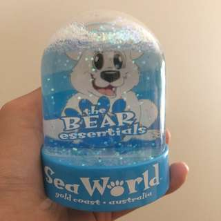 Seaworld Fun Snow Globe