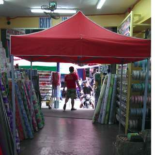 Retractable Heavy Duty Gazebo Tent