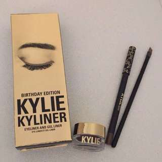 Kylie Gel Eyeliner ( Birthday Edition)