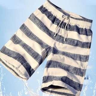 Loose summer men quick-drying shorts beach shorts