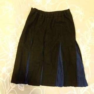 Izzue winter skirt 冬天絨裙 90% new